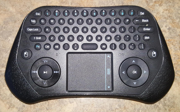 a8a83bab910 eSYNiC Mini Wireless Keyboard – Cutting The Cord